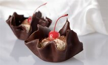 Chocolate Cups with Ice Cream