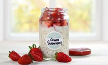 Cheese Strawberry Overnight Oats